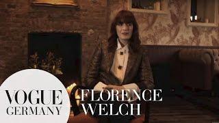 Florence Welch backstage über ihren Look | bts fashion interviews | VOGUE Interview