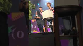 Video 170902 Exo called fan + took a selfie + suho gave suhorang to her Music Bank In Jakarta download MP3, 3GP, MP4, WEBM, AVI, FLV Desember 2017