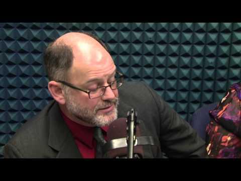 Steve Walsh talks public transit with Ty Warner and Teresa Torres