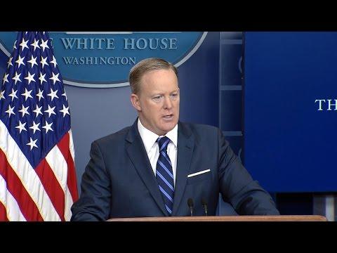 Sean Spicer says Trump thinks Michael Flynn should testify