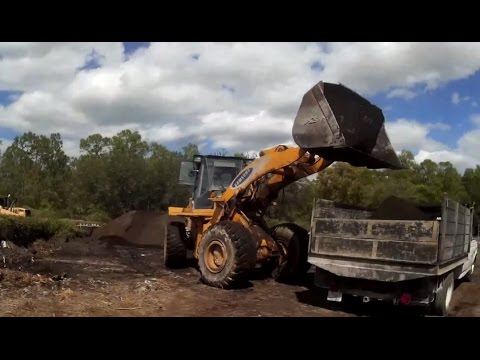 Topsoil And Mulch At Yahl Mulching & Recycling In Naples, Florida