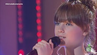 Charlotte Summers canta en directo Never Enough