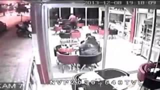 Antalya'da deprem anı kameraya böyle yansıdı