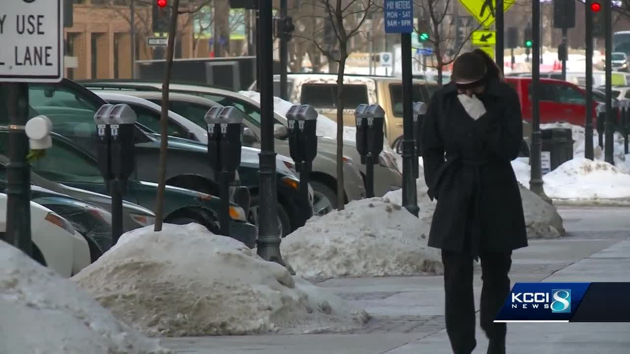 Frostbite is a serious risk for Iowans on Wednesday. Here's how to prepare.