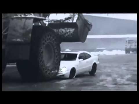 Fick ingen lön - då mosar han chefens bil