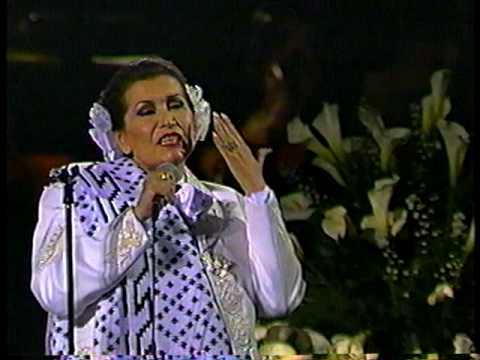 Lola Beltrán en Bellas Artes CON MIS PROPIAS MANOS, 1990..VOB