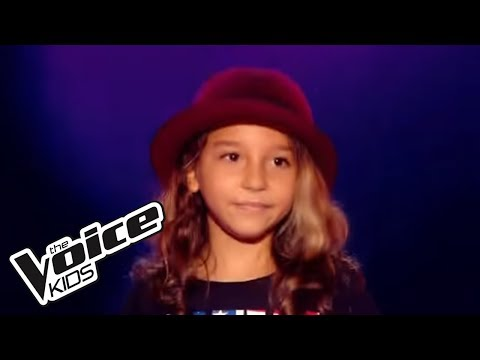 The Voice Kids 2015 | Estelle - Je Veux (Zaz) | Blind Audition