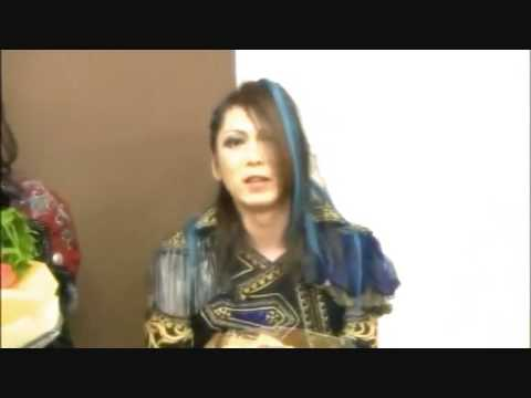 Teru crying  (best quality)  Versailles