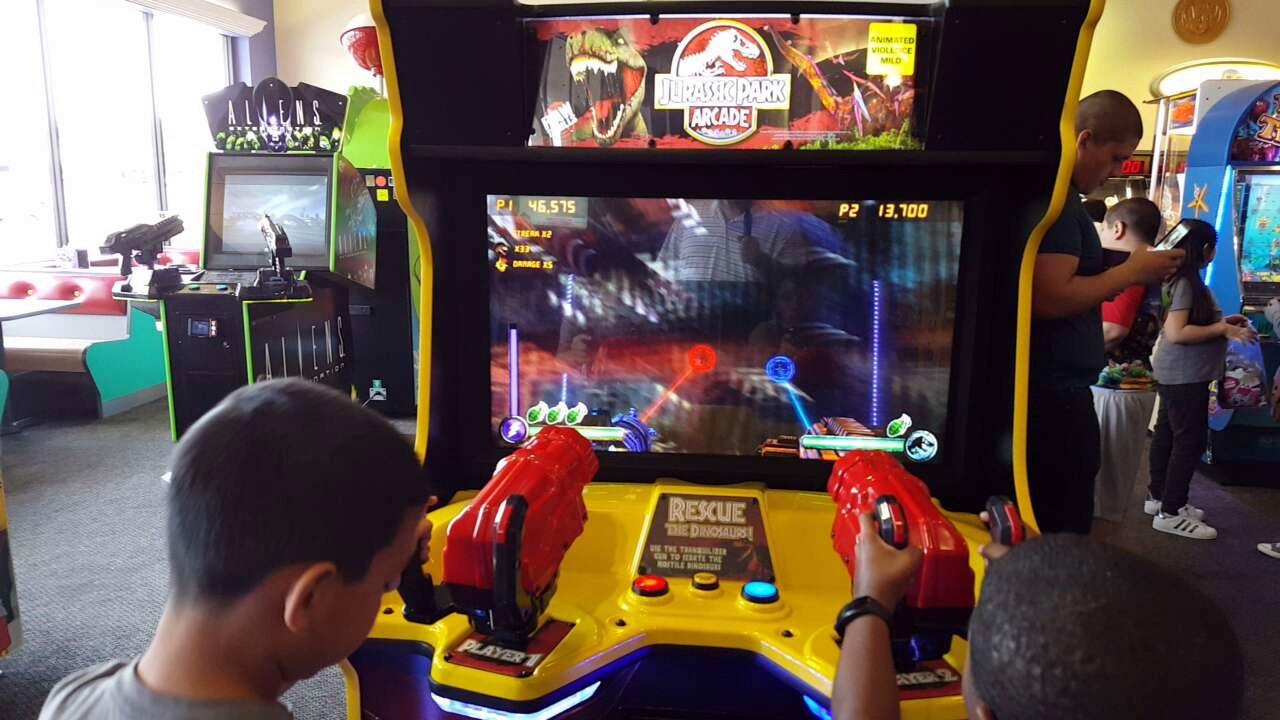 Jurassic Park arcade - YouTube