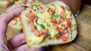 Горячие бутерброды с колбасой, сыром,помидорами и перцем