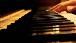 Alicia Keys- I Got A Little Something For You (On Piano)