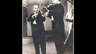 Mozart Sinfonia Concertante 2nd Movement. Oistrakh, Barshai, Moscow Chamber Orchestra