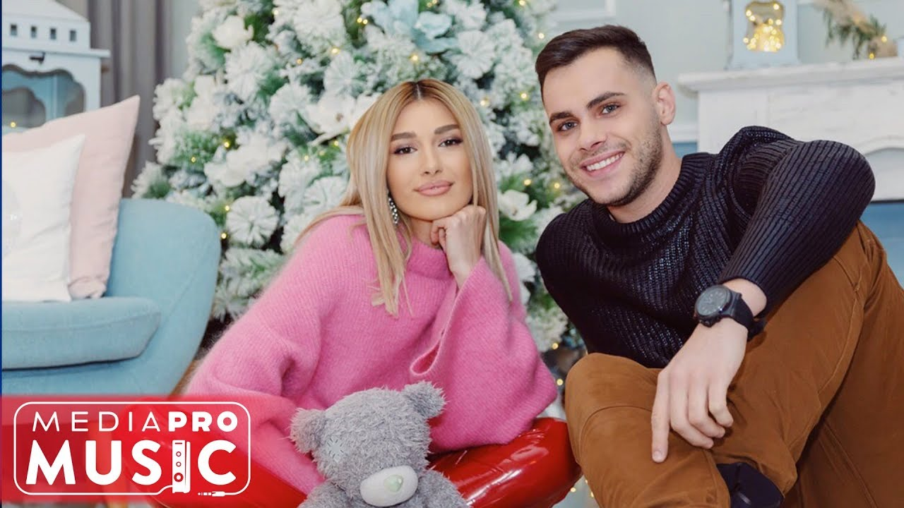 Mircea Eremia feat Alina Eremia - Florile dalbe (Official Christmas Video)