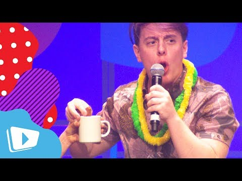 Thomas Sanders First Tim Tam Slam and Learns Aussie Slang