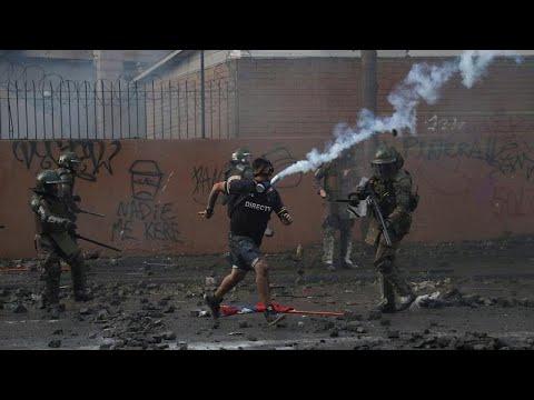 شاهد: استمرار العنف في تشيلي والأمم المتحدة تطالب بمحاسبة الشرطة والجيش…  - 11:59-2019 / 12 / 14