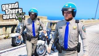 VOLE EN FAUX POLICIER