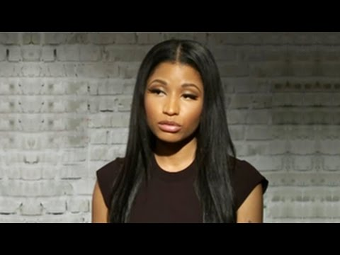 Nicki Minaj Sends Sorry Message To Ariana Grande & Jessi J After MTV VMA 2014 Wardrobe Malfunction