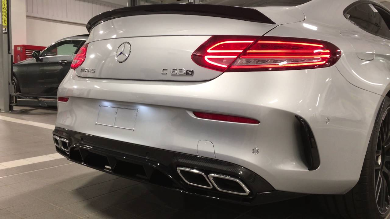 Mercedes C63s AMG Coupe Edition 1 Silver Startup (Exhaust