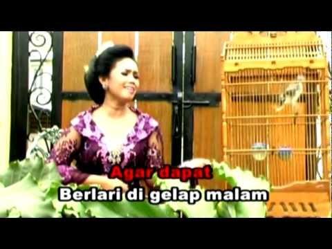 Lgm Riwayat Sangkuriang - Tetty Supangat (Official Video)