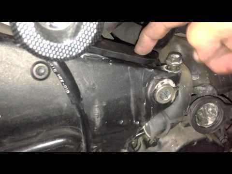 Diy How To Do An Oil Change On A Honda Cbr 600rr Doovi