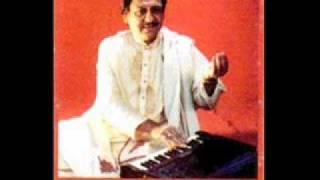 Gambar cover Ghulam Ali sings Thumri in Misra Malhar - Sawan Megh Fuhaar
