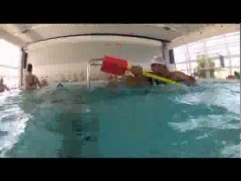 La salle de fitness piscine l o lagrange b ziers youtube - Piscine leo lagrange grande synthe ...