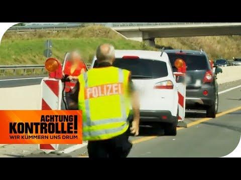 Autobahn-Unfall! Polizei muss