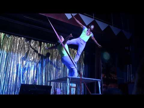 Super cooooool dominican acrobatic circus show