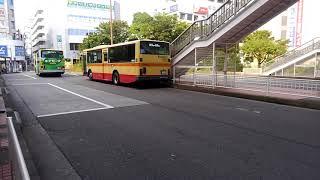 東戸塚駅東口バスロータリーで神奈川中央交通舞岡営業所のエアロスターノンステップ通過