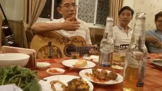 Còn yêu em mãi - Nhạc sĩ Nguyễn Trung Cang- Anh Việt Anh đệm hát