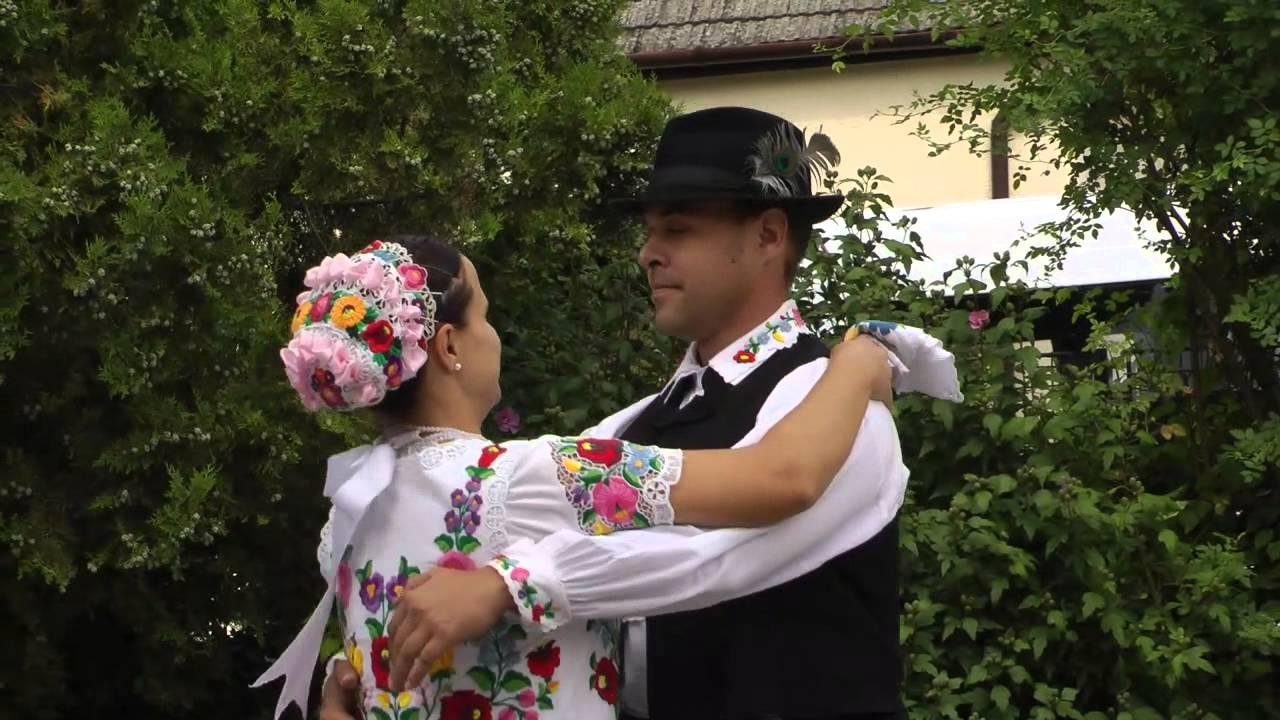 Kalocsa - Ungarische Tänze - YouTube