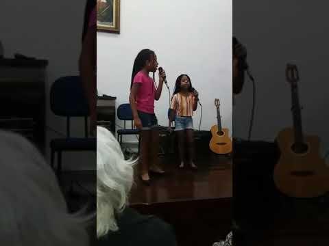 Lara e Lorena Môh Apê cover Melim