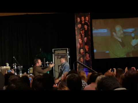 Mark Sheppard and Jim Beaver kiss!