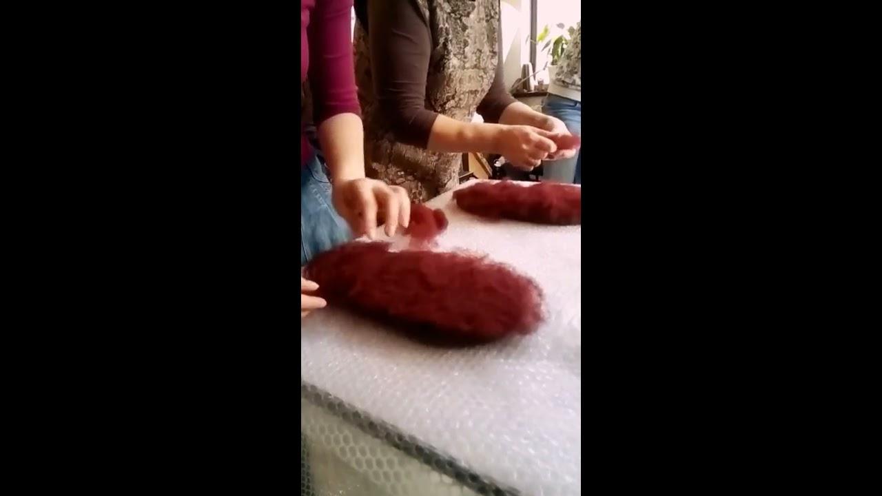 pizdi-video-tehnika-valyanie-iz-shersti-tapochek