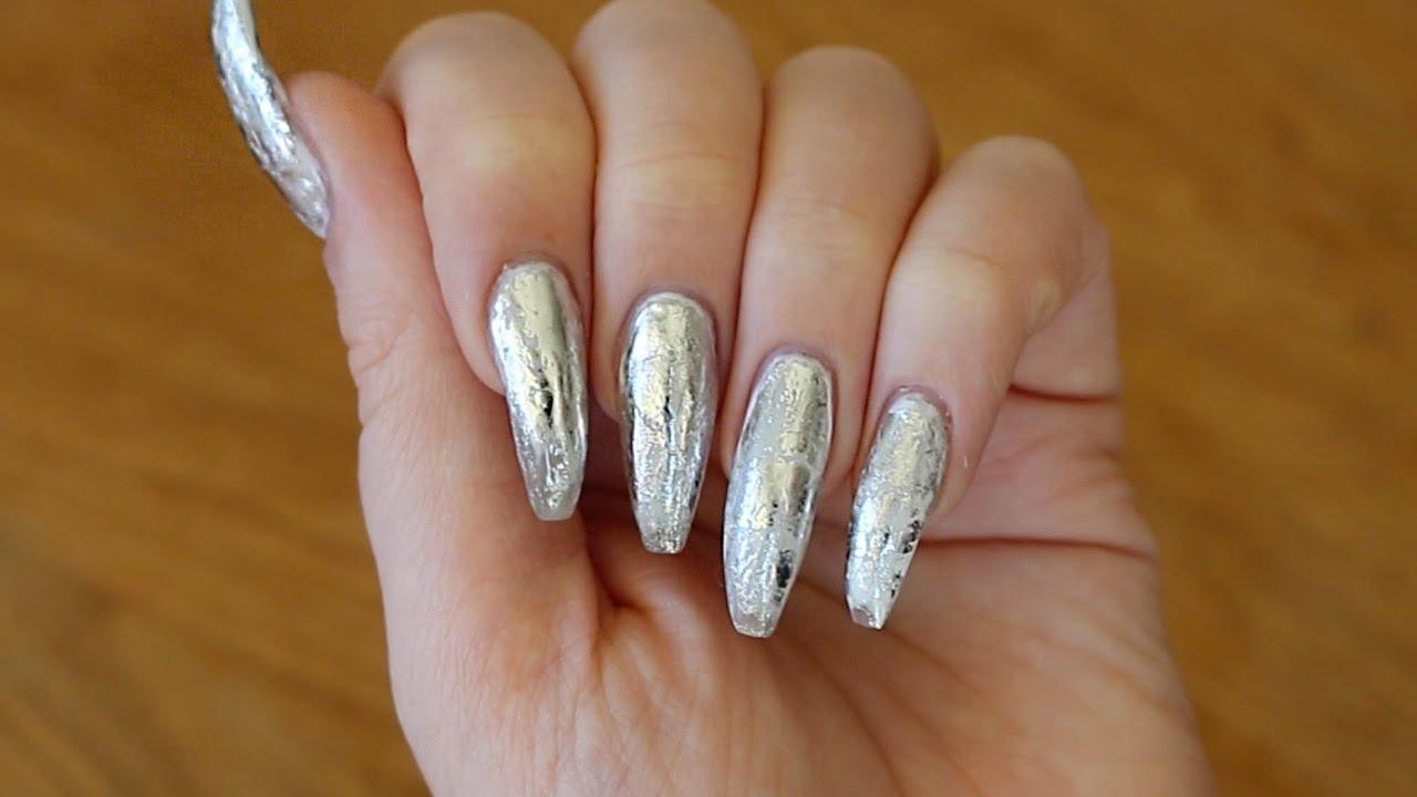 silvriga naglar