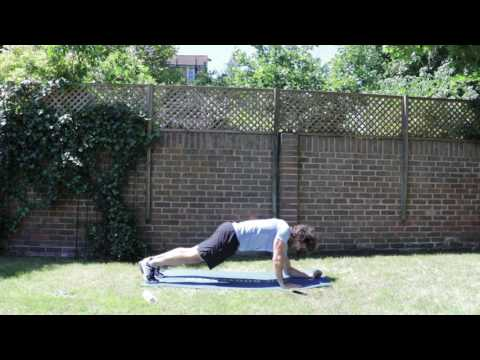 15 Minute Outdoor Fat Burner | The Body Coach