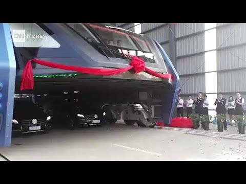 China tests bus that can drive over cars