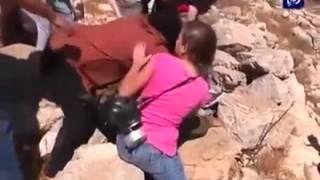 """בושה לצה""""ל: כך מפקירים חייל בידי נשים ערביות"""
