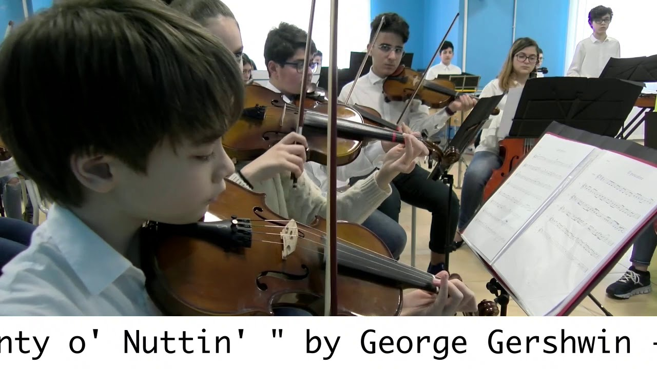 "I Got Plenty o' Nuttin' -  Orchestra ""Pierre De Coubertin"""