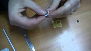 видео Как сделать из большой симки маленькую - 4 способа