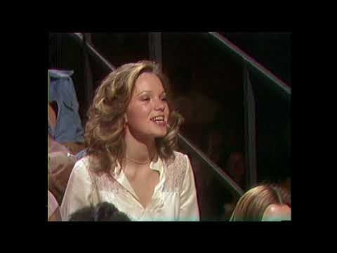 American Bandstand 1975- Interview Larry Beezer