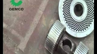Die & roller--key parts of wood pellet machine