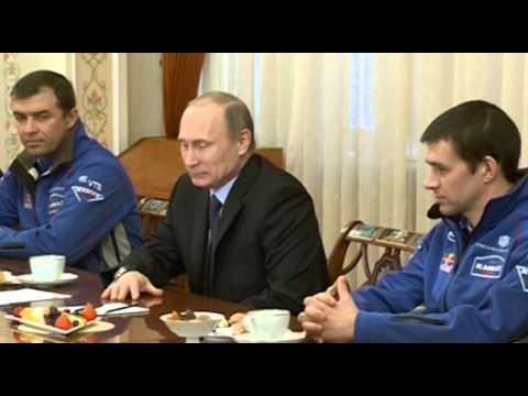 Владимир Путин встретился с командой КАМАЗ-Мастер