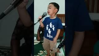 Hans Darel Bernyanyi lagu Mardua Holong part 2