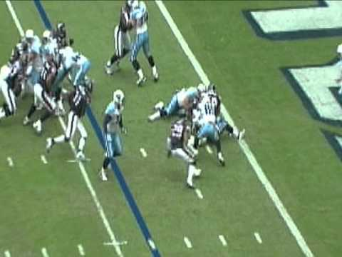 Antonio Smith destroys the inside zone