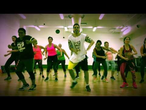 Jennifer Lopez - Ni Tu Ni Yo ft. Gente de Zona | Zumba fitness dance choreography by Moez Saidi
