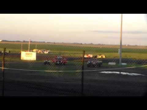 Modified Heat 2 @ Hancock County Speedway 08/13/16