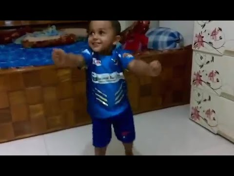 TOO CUTE! Adorable Kid dancing on DJ Bravo...