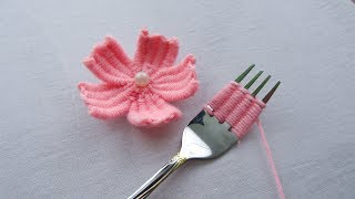 hand embroidery amazing trick#easy woolen flower embroidery trick with fork#wool flower
