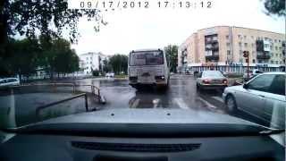 Абакан.Ленина-Жукова.Конченый автобус 19 маршрута АЕ242(, 2012-09-17T12:00:25.000Z)